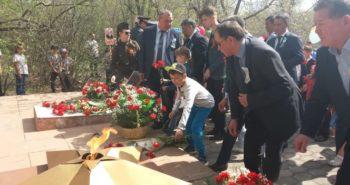 Железнодорожники Караганды празднуют День Победы.